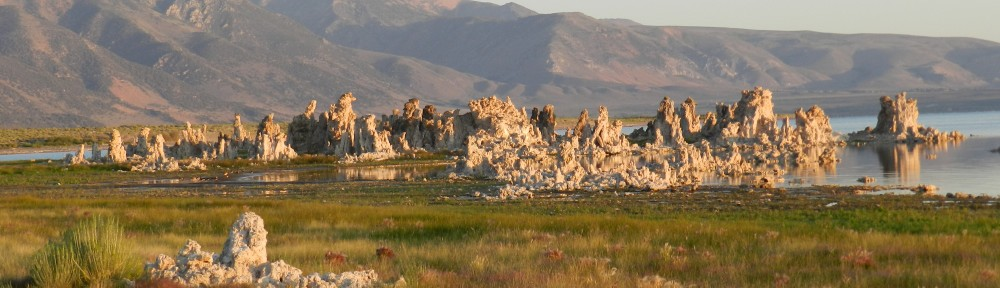 South Tufa Self-Guided Tour